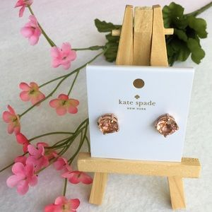 BRAND NEW KATE SPADE LIGHT PEACH STUD EARRINGS NWT